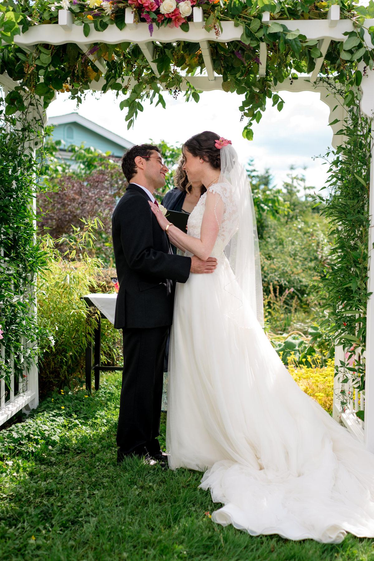 Andrew Tat - Documentary Wedding Photography - Kirkland, Washington - Emily & Cuauh - 15.JPG
