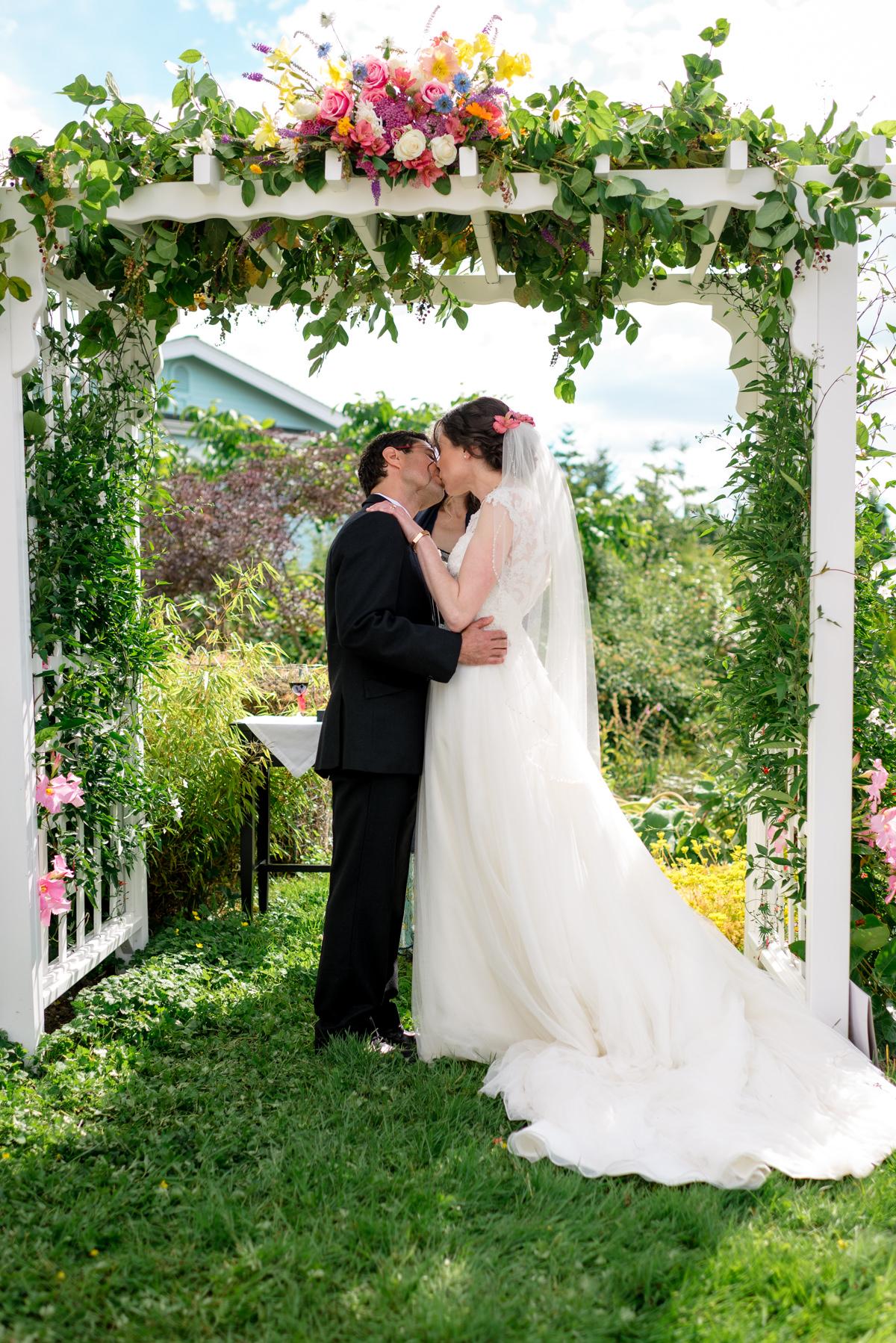 Andrew Tat - Documentary Wedding Photography - Kirkland, Washington - Emily & Cuauh - 14.JPG