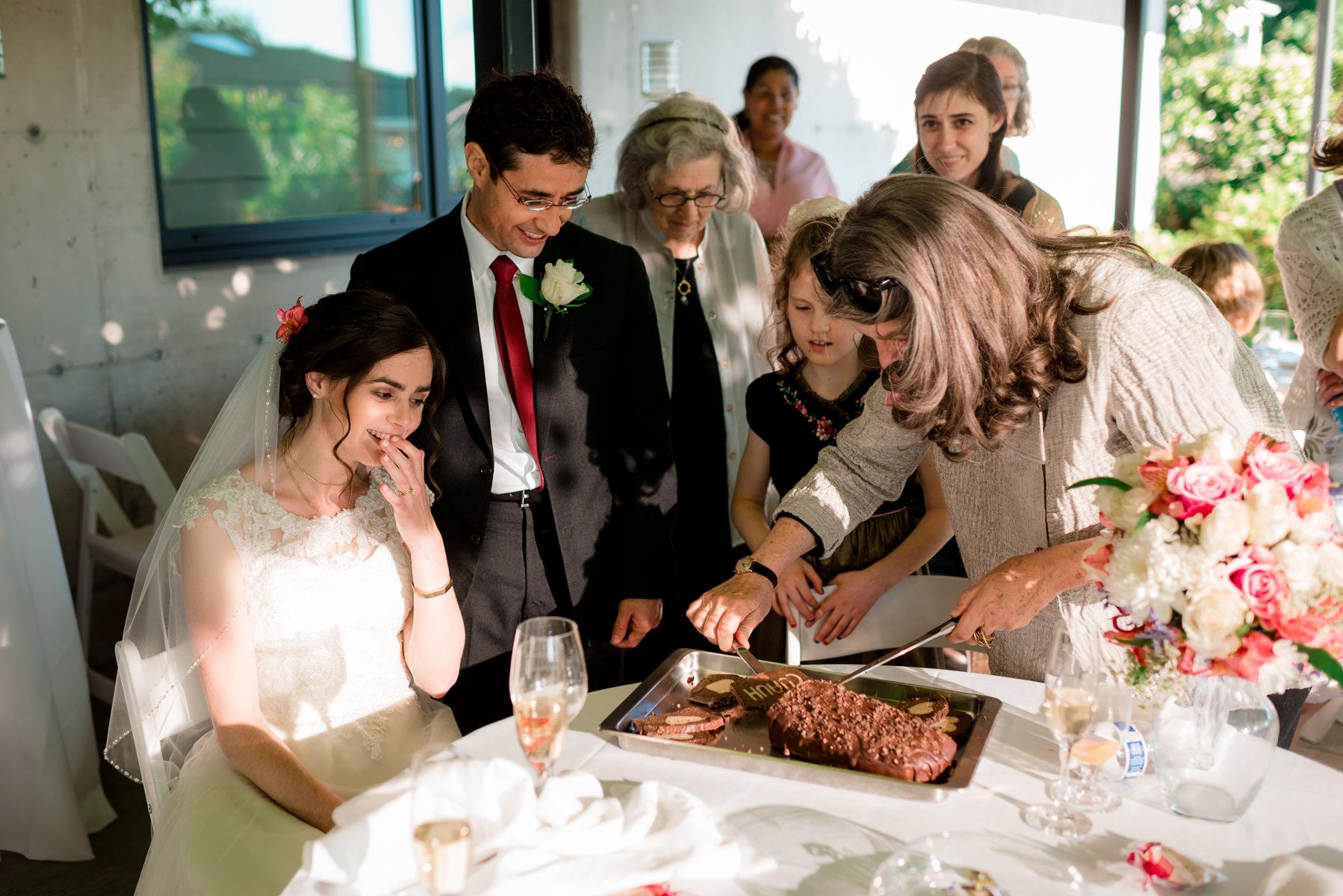 Andrew Tat - Documentary Wedding Photography - Kirkland, Washington - Emily & Cuauh - 37.JPG