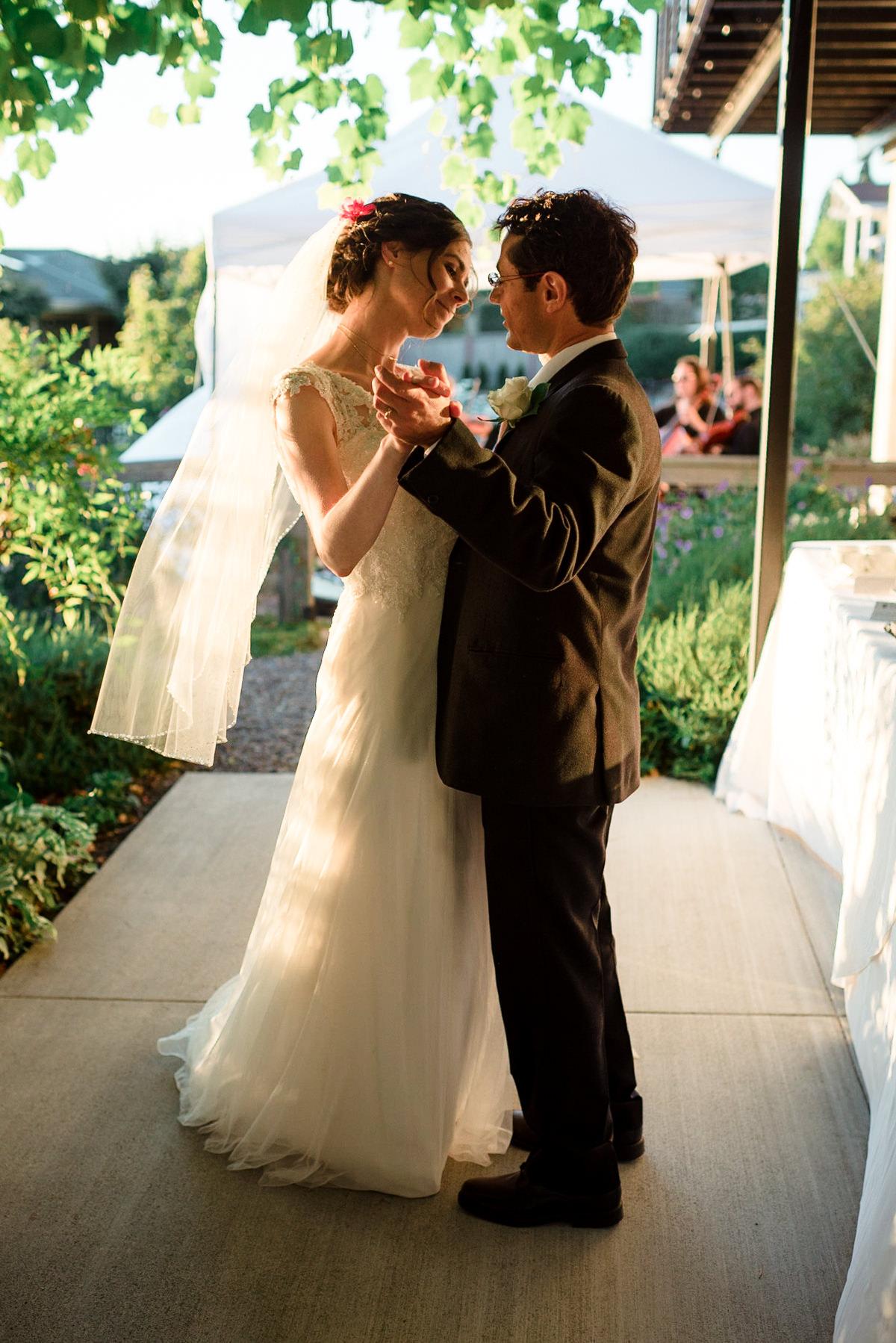 Andrew Tat - Documentary Wedding Photography - Kirkland, Washington - Emily & Cuauh - 42.JPG