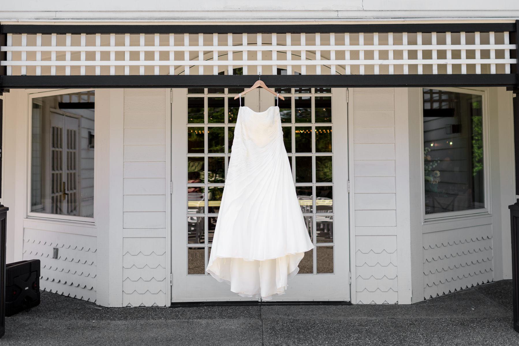 Andrew Tat - Documentary Wedding Photography - Columbia Winery - Woodinville, Washington -Patricia & Teffin - 01.jpg