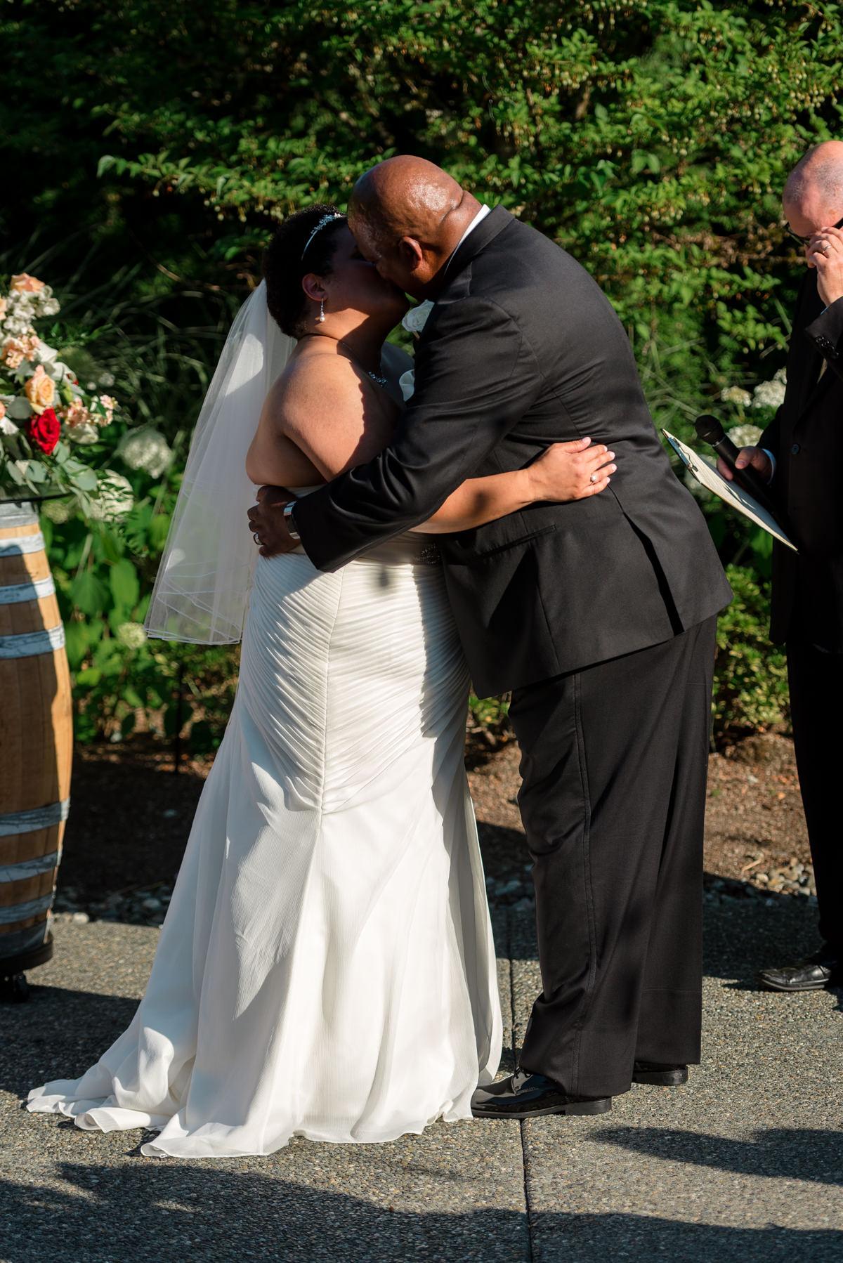 Andrew Tat - Documentary Wedding Photography - Columbia Winery - Woodinville, Washington -Patricia & Teffin - 15.jpg