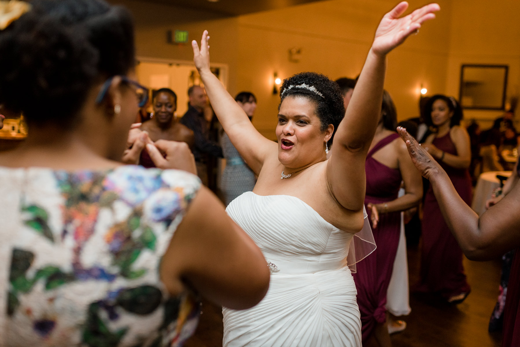 Andrew Tat - Documentary Wedding Photography - Columbia Winery - Woodinville, Washington -Patricia & Teffin - 25.jpg