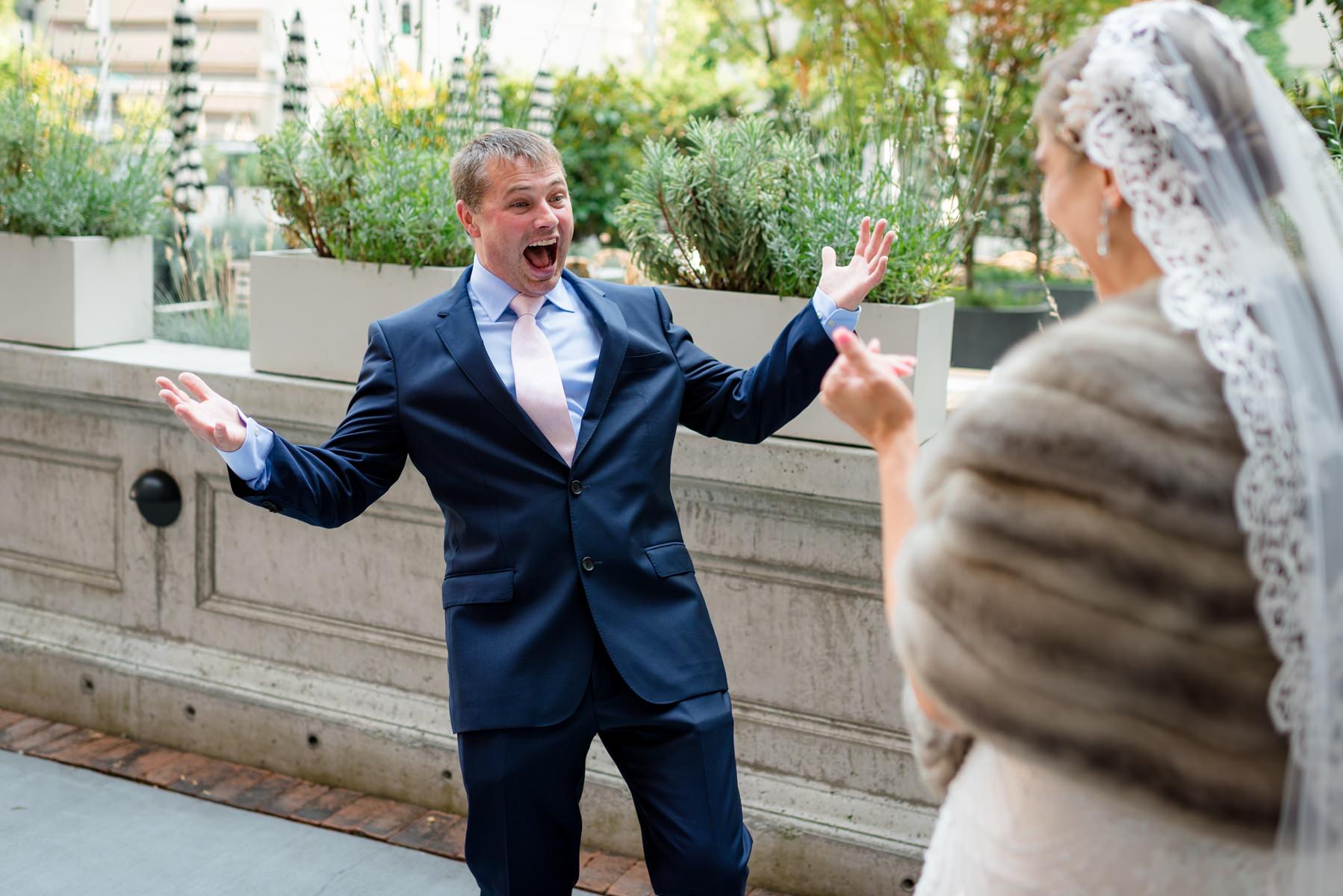 Andrew Tat - Documentary Wedding Photography - Hotel Sorrento - Seattle, Washington -Jessica & Paul - 10.jpg