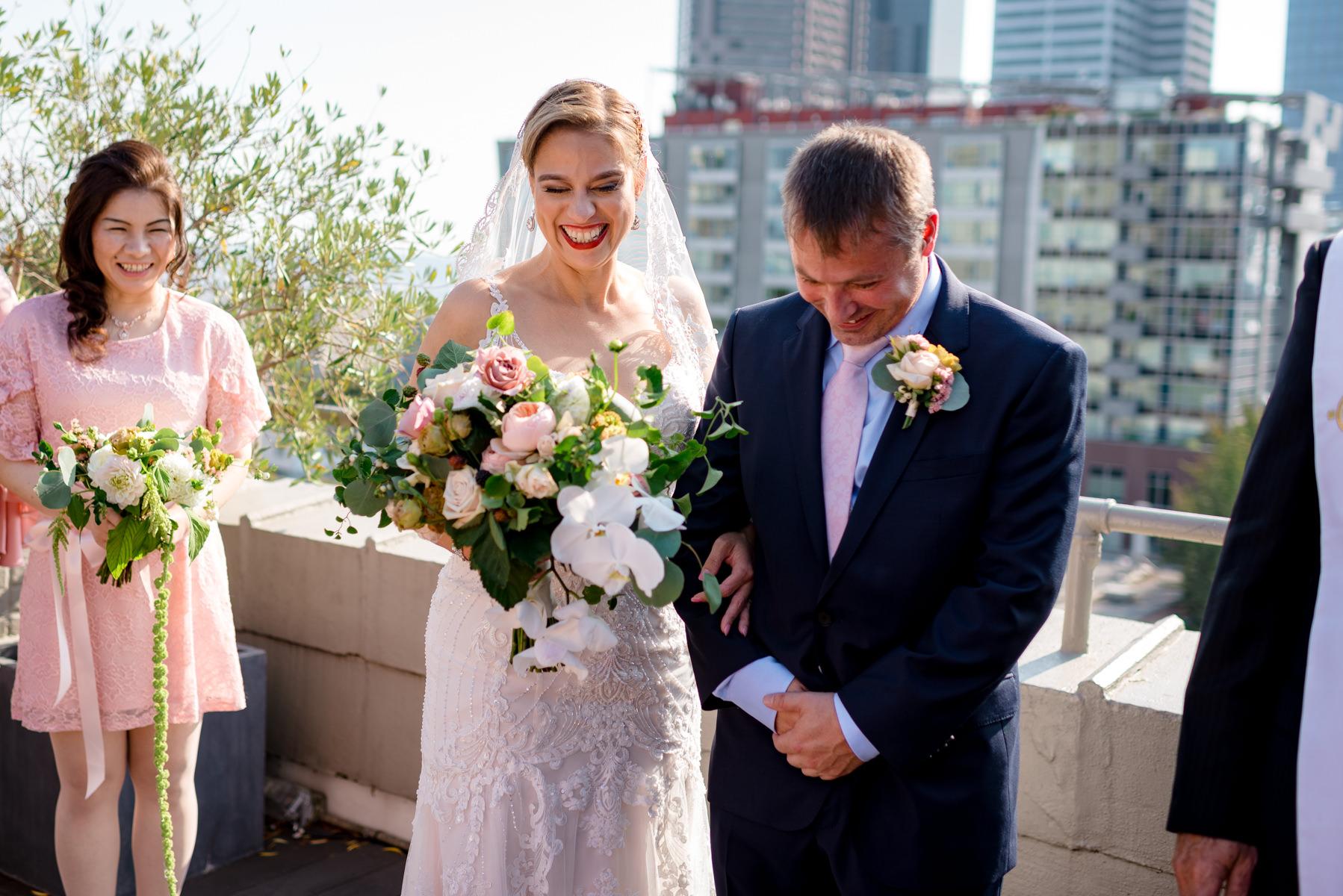 Andrew Tat - Documentary Wedding Photography - Hotel Sorrento - Seattle, Washington -Jessica & Paul - 19.jpg