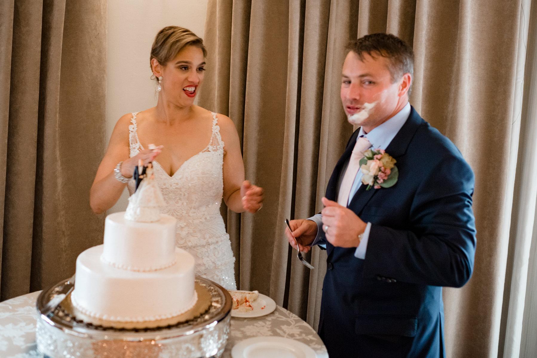 Andrew Tat - Documentary Wedding Photography - Hotel Sorrento - Seattle, Washington -Jessica & Paul - 37.jpg