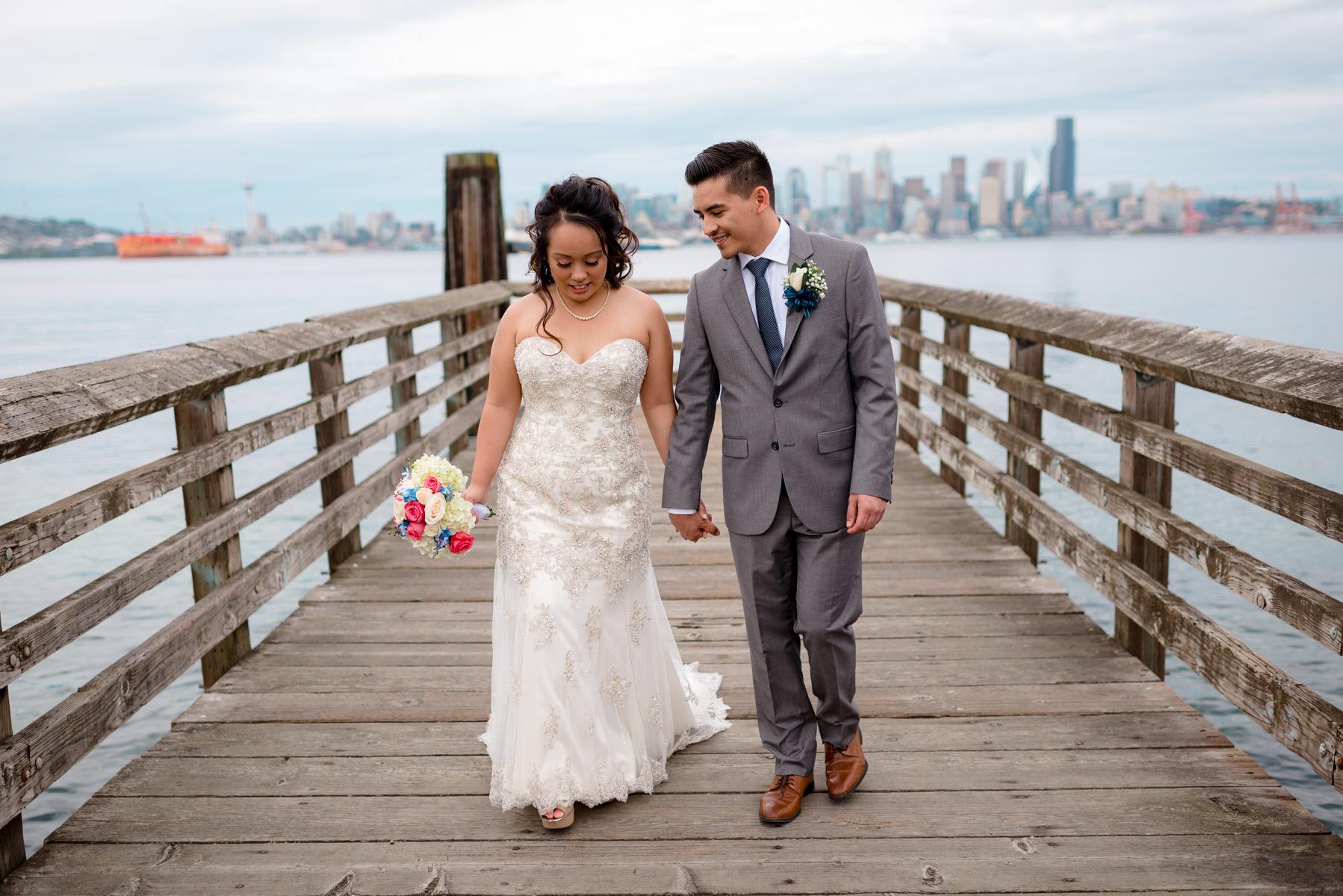Andrew Tat - Documentary Wedding Photography - Salty's - Seattle, Washington -Mark & Marcy - 08.jpg