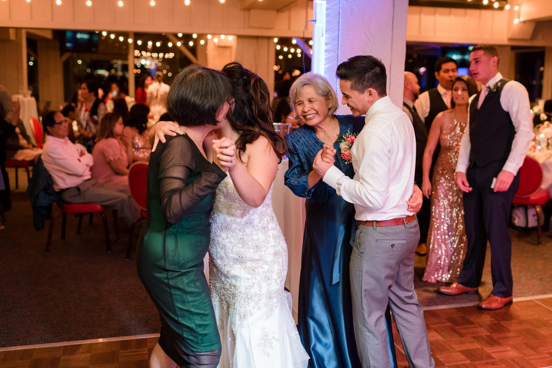 Andrew Tat - Documentary Wedding Photography - Salty's - Seattle, Washington -Mark & Marcy - 27.jpg