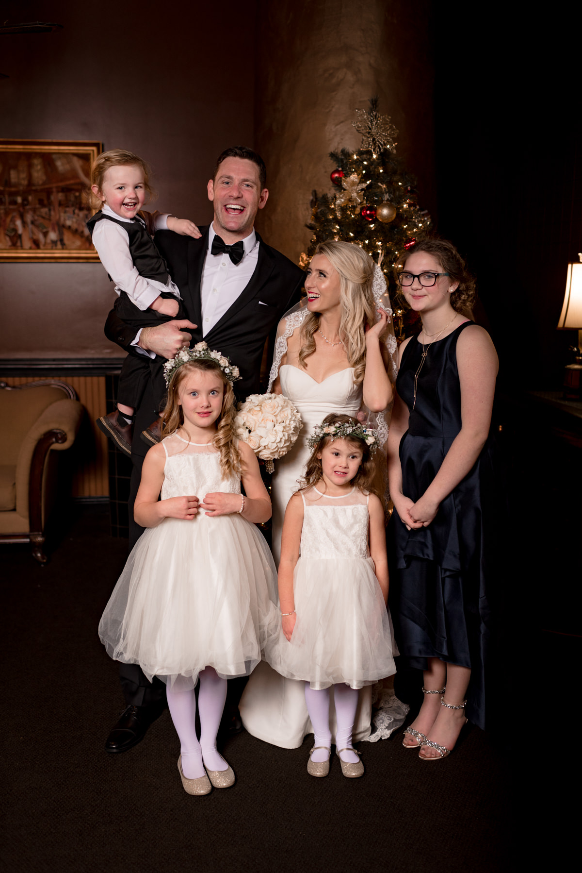 Andrew Tat - Documentary Wedding Photography - Lake Union Cafe - Seattle, Washington -Rachel and Ryan - 28.jpg