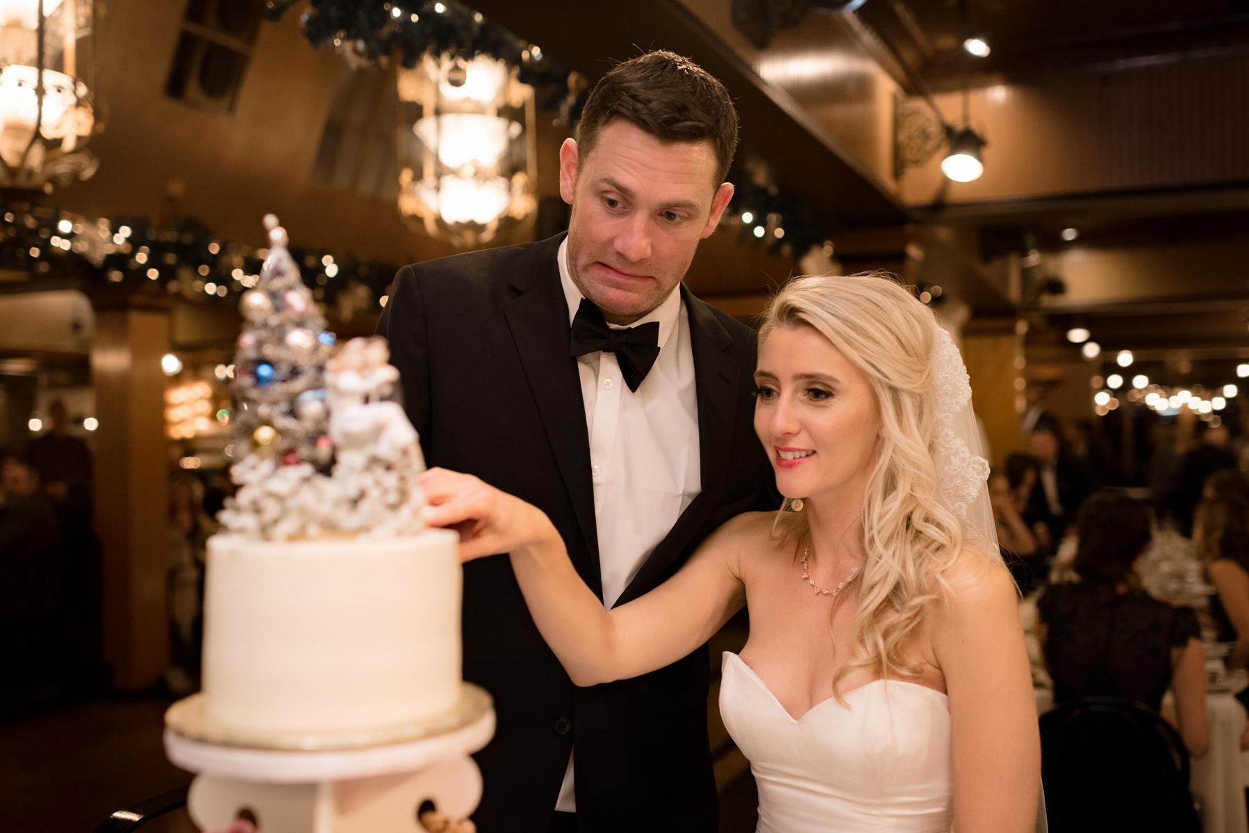 Andrew Tat - Documentary Wedding Photography - Lake Union Cafe - Seattle, Washington -Rachel and Ryan - 34.jpg