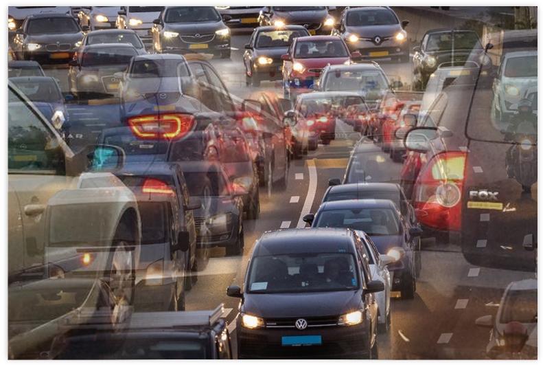 Bottleneck Identification - Traffic flow analyses on road networks for bottleneck identificationHow it is usedOperational controlInfrastructure design and configurationData streamsLoop sensors, floating car data