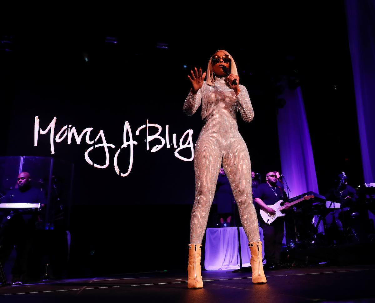 Mary J. Blige | Strength of a Woman Tour  Feb 21, 2018  Photos by Mark LoMoglio