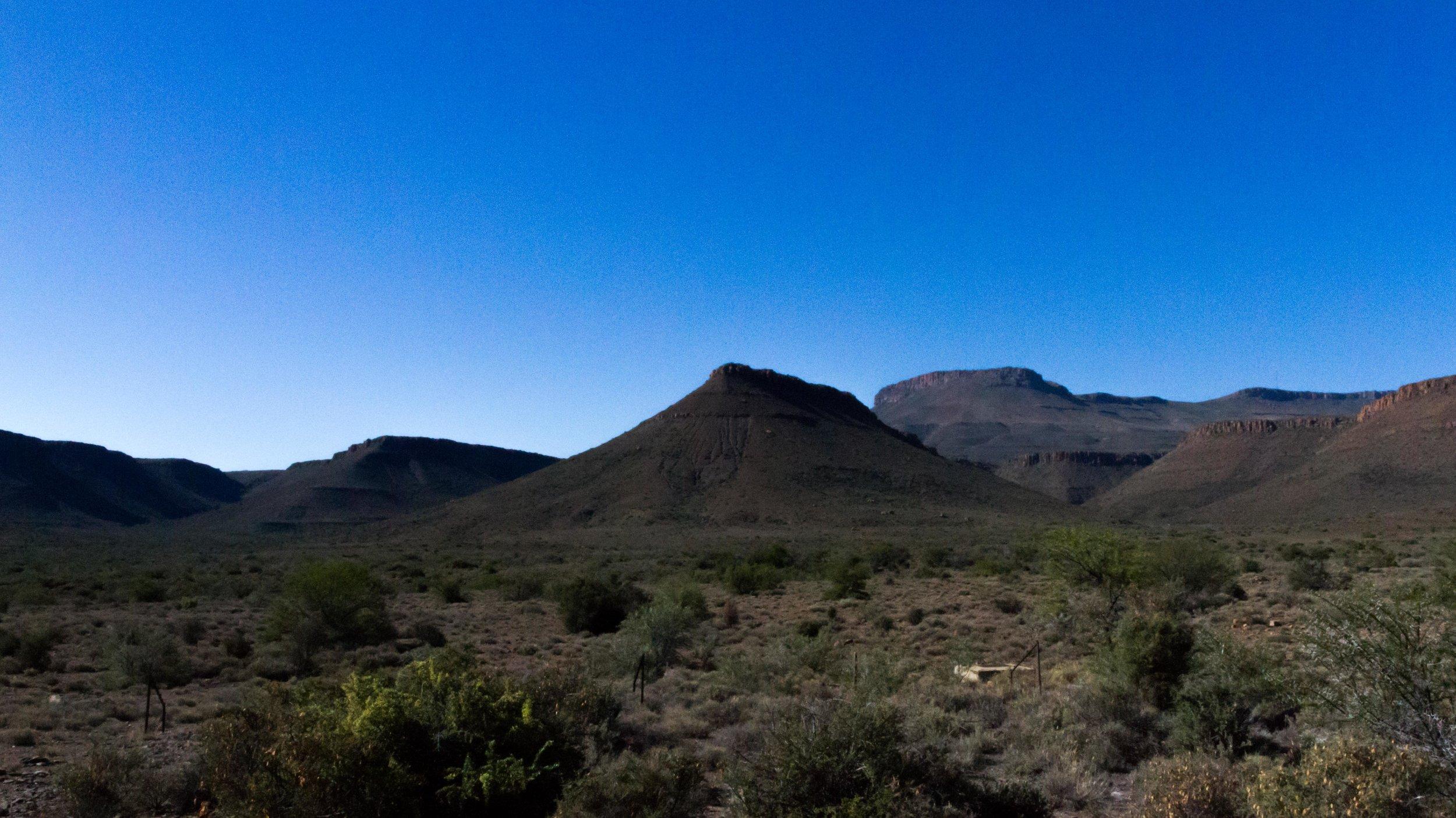 Cpt - Drakensberg Trip 1 - Karoo National Park