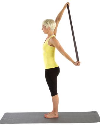 conseils-yoga-stretching-exercices-4-exercices-avec-une-sangle.1.jpg