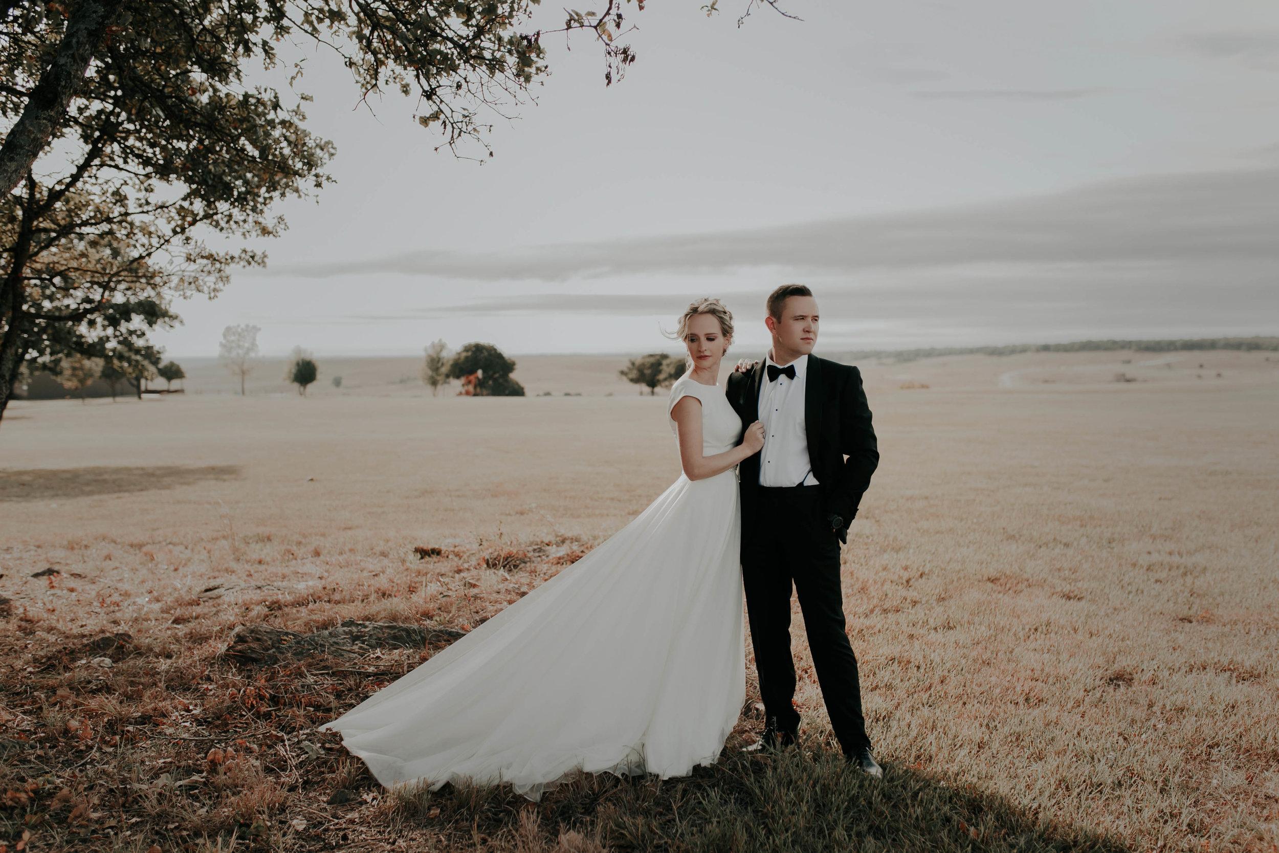 10.06.18ClayEmilyWedding-BrideGroom--17.jpg