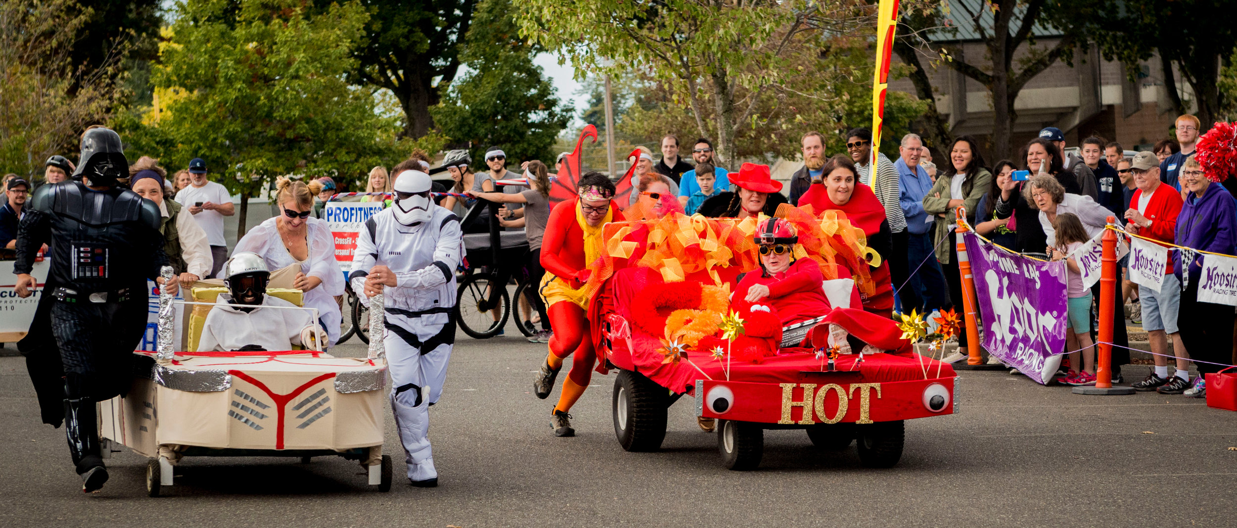 2017 Bed Race Star Wars VS Hot Team.jpg