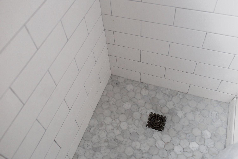 180216+Gurung+Bathroom-212A6127.jpg