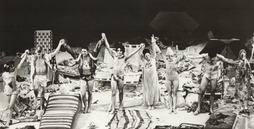 Beach, Act III  (1976); Photo by Jorge Fatauros