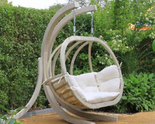 GLOBO ROYAL CHAIR   $1300 from  Byer of Maine