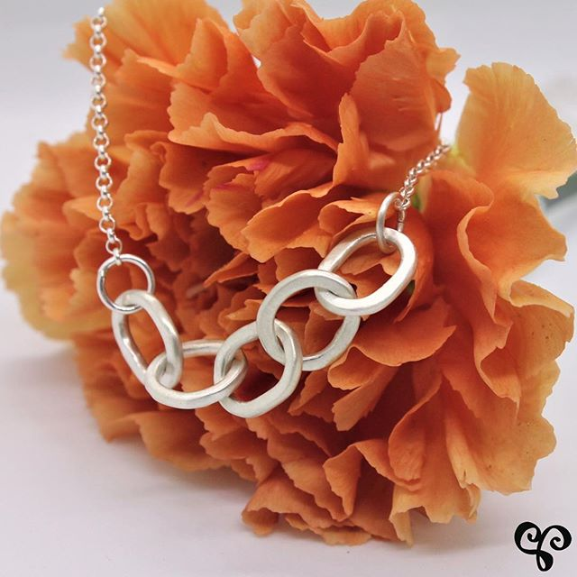 April showers bring May 🌸! Lets hope we'll see some sunshine for Mother's Day - May 12! We'll be @midtownartisanmarket @oakvilleplace this Saturday and Sunday (May 4&5) with lots of great gift ideas for Mom. . . . . . . #mompreneur #midtownartisanmarket #artisanjewellery #oakville #oakvilleliving