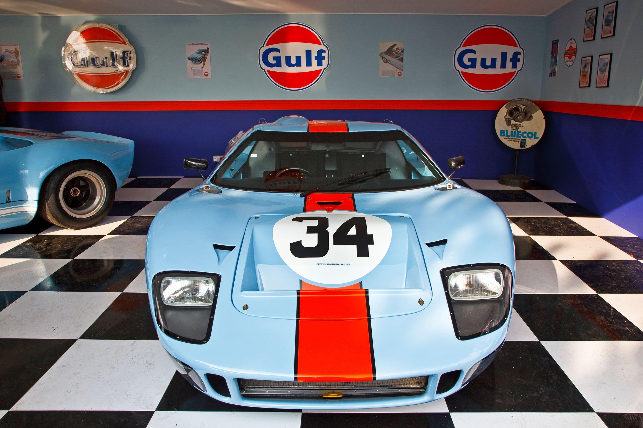 Cleared - Interior shot GT40.jpg