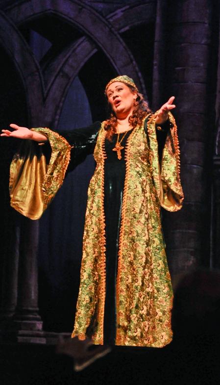 Opera May 10 2010 -198-2.jpg