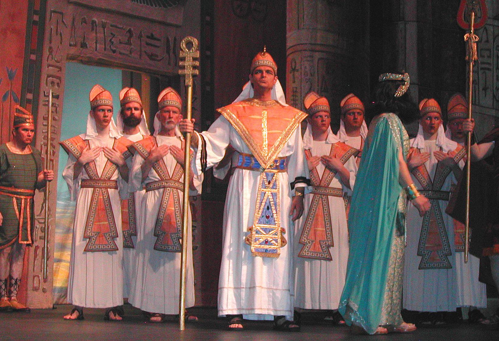 Aida-Dress-1-031.jpg