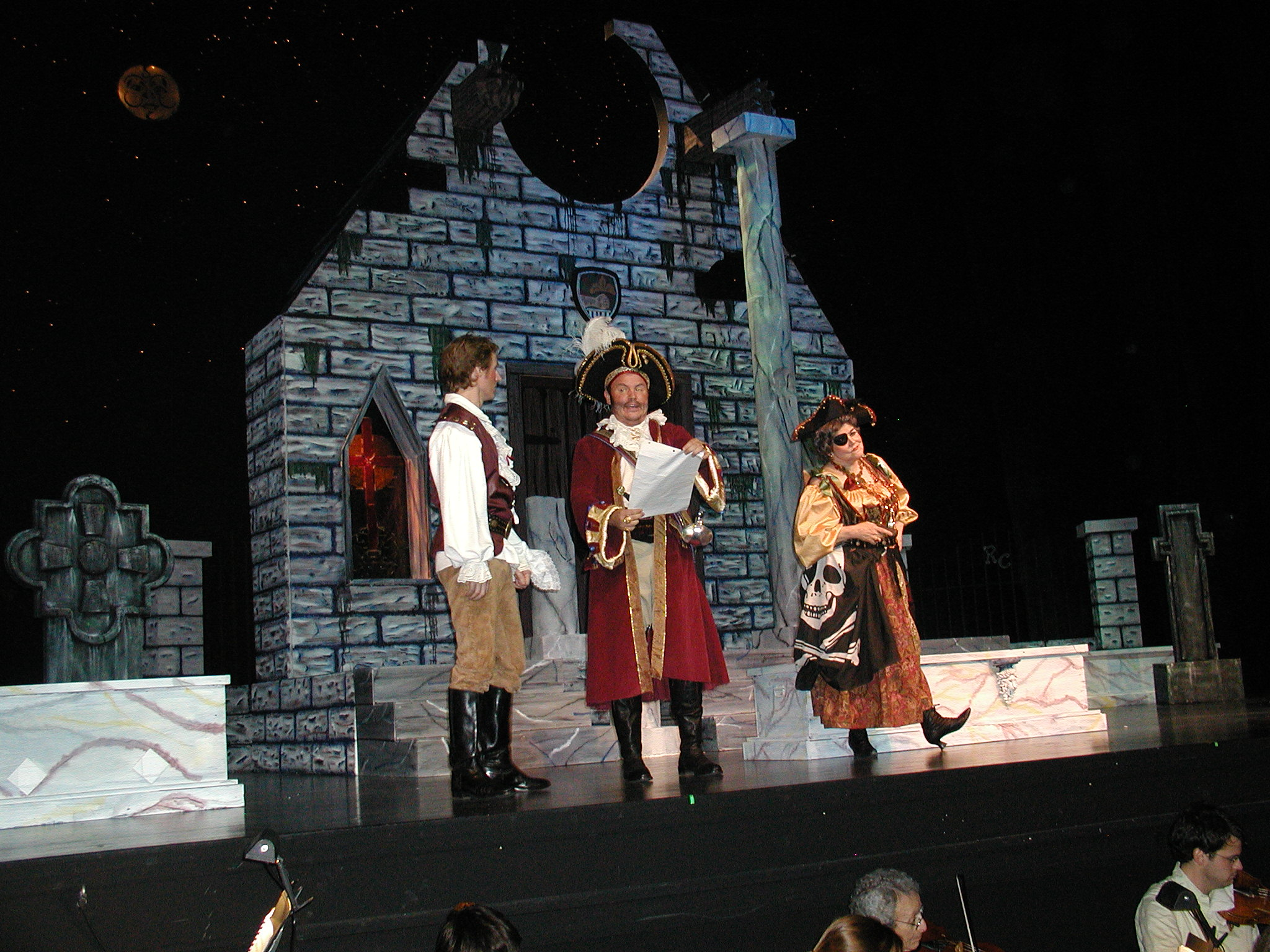 Pirates-rehearsal-10.12.05-125.jpg