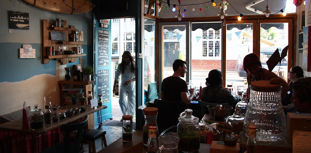 rotate-smugglers-cafe7.jpg