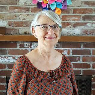 Roxanne-Volunteer.jpg