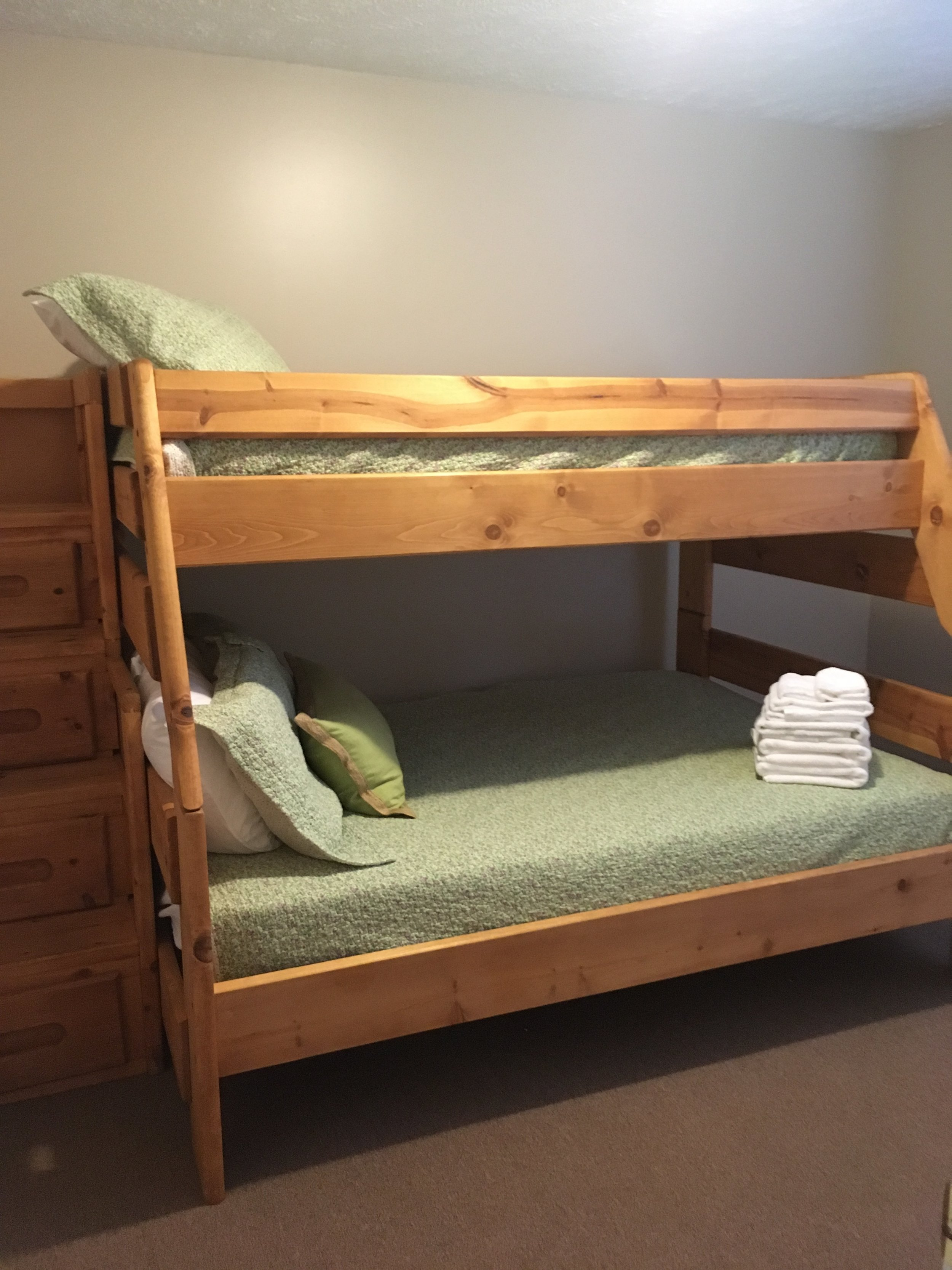 3rd bedroom- full and twin bed