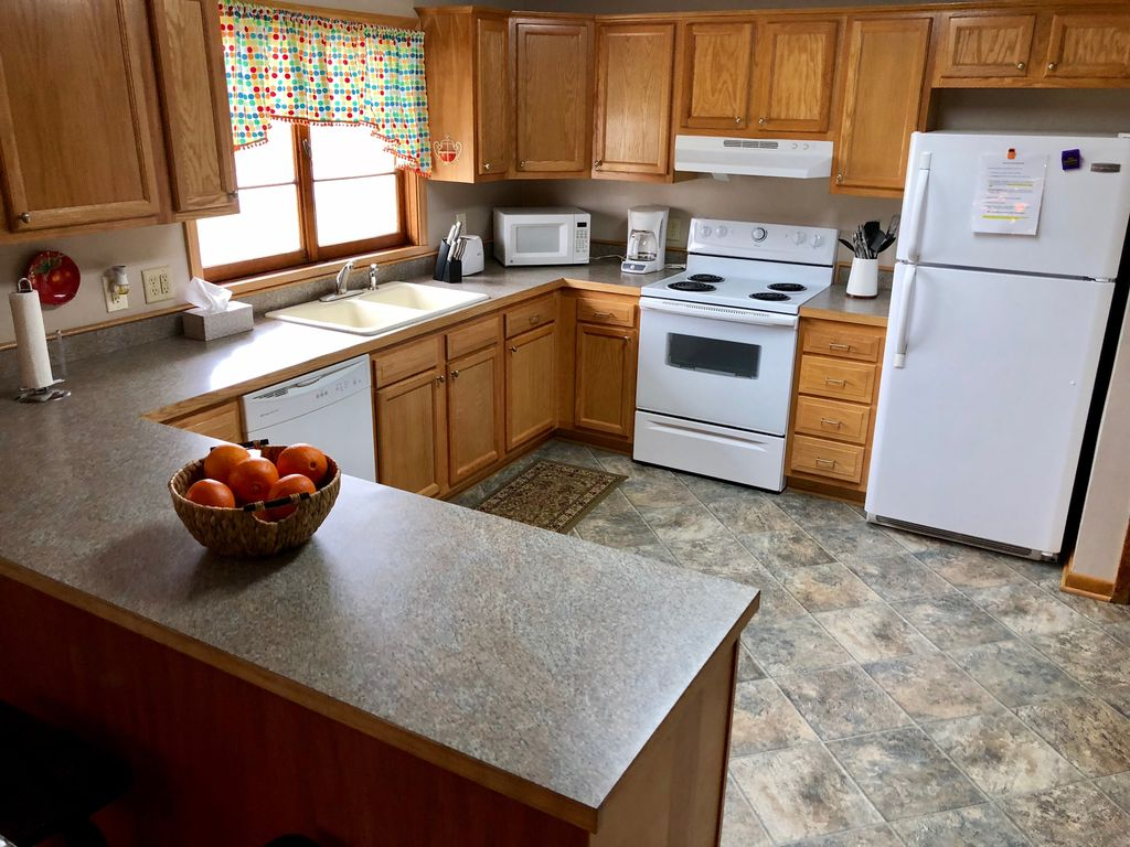 Furnished kitchen with all basic kitchen staples