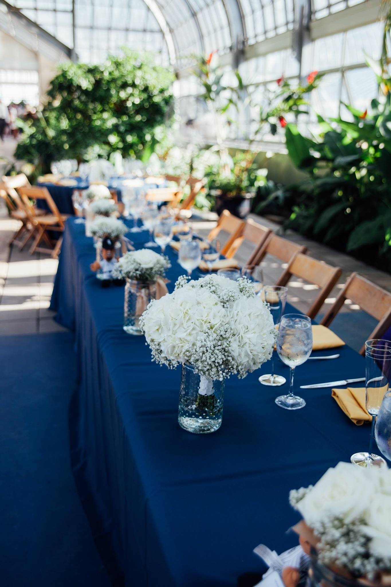 blue-table-setting.jpg