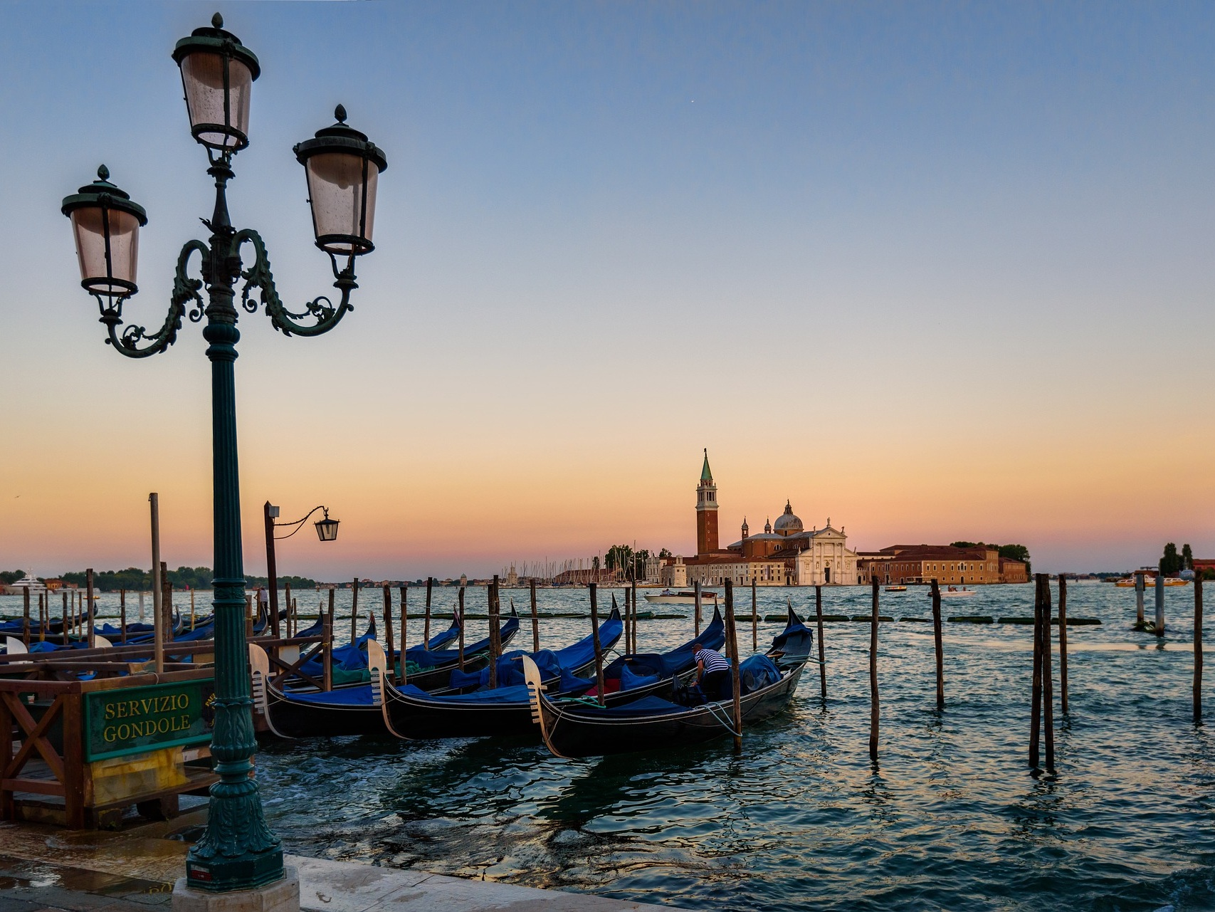 venice flight deal