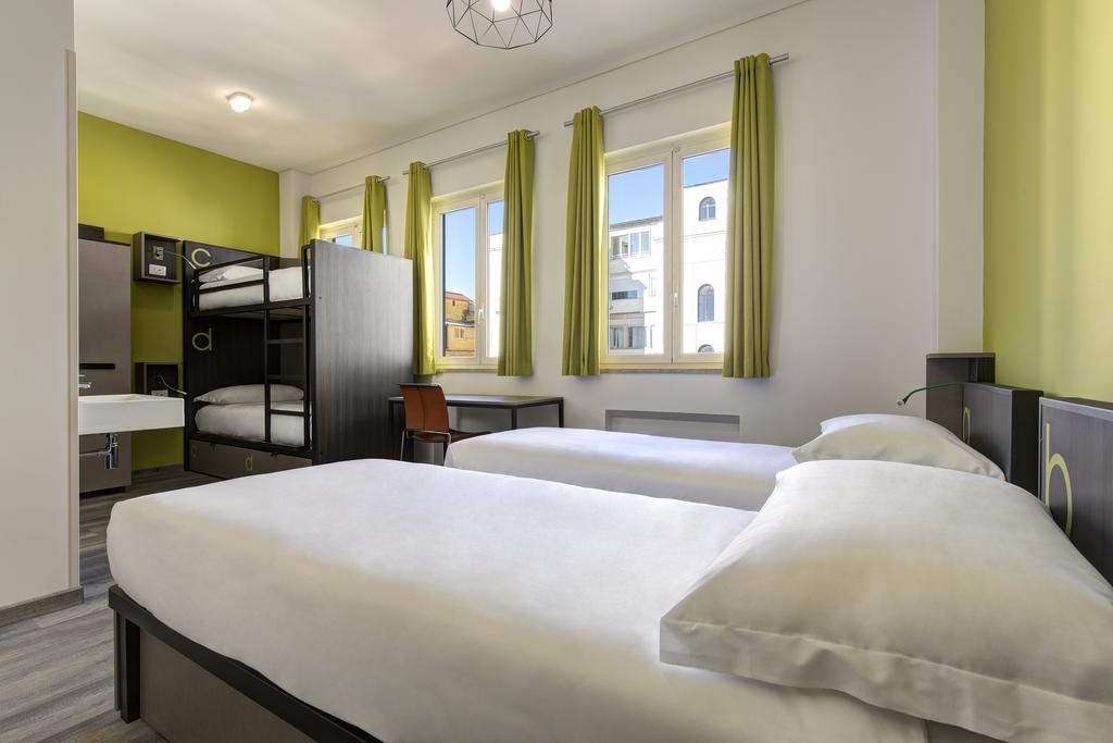 Rome Hotel Guide