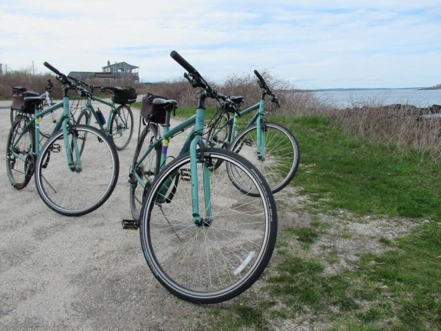 Bike tour of Summerfeet