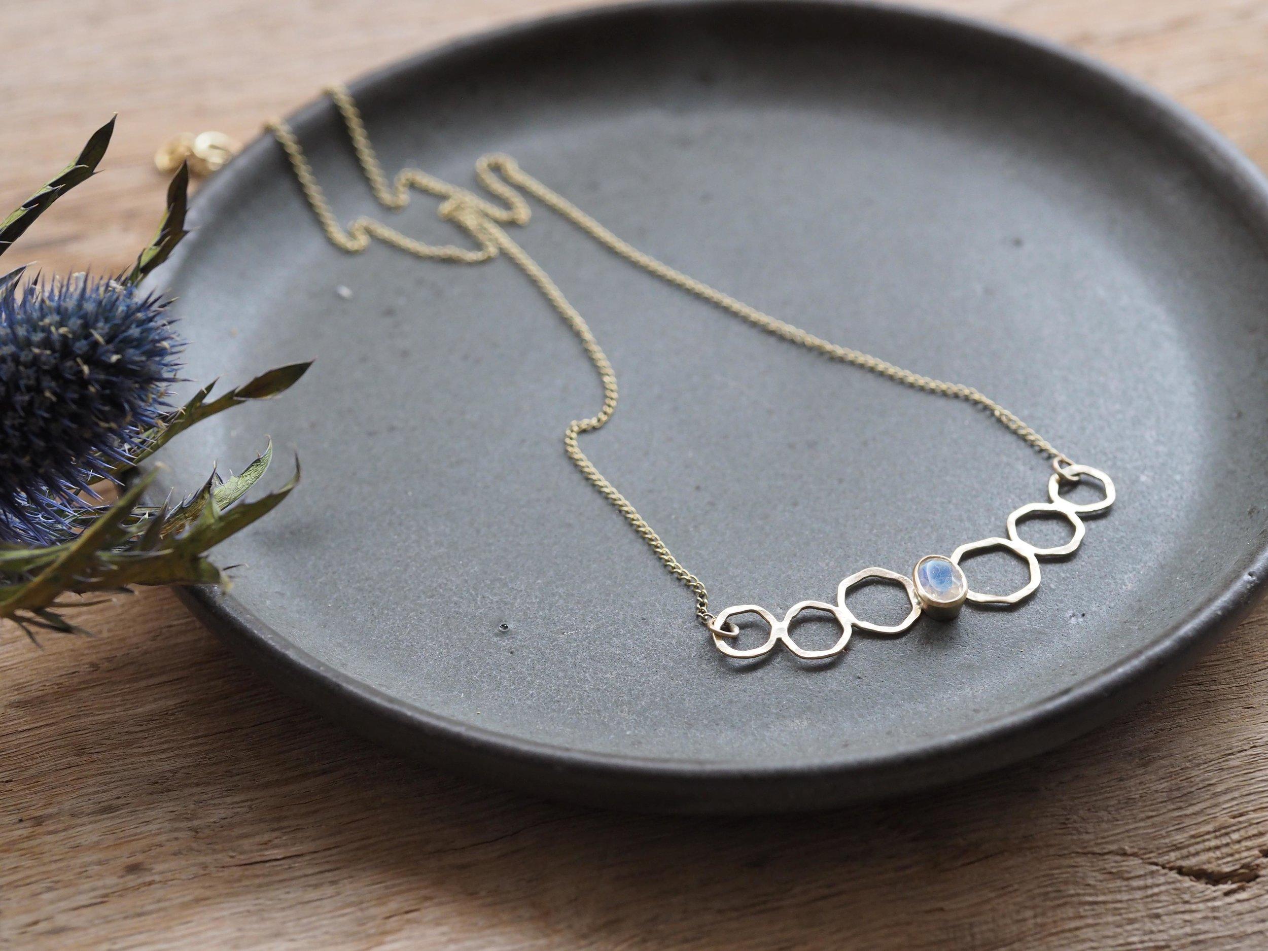 gold outline necklace 2.jpg
