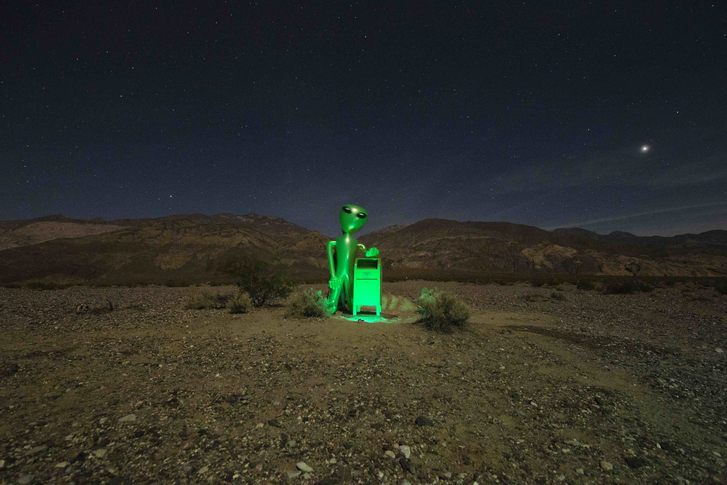 Death Valley Stargazing Camp — Home of the Alien Mailbox