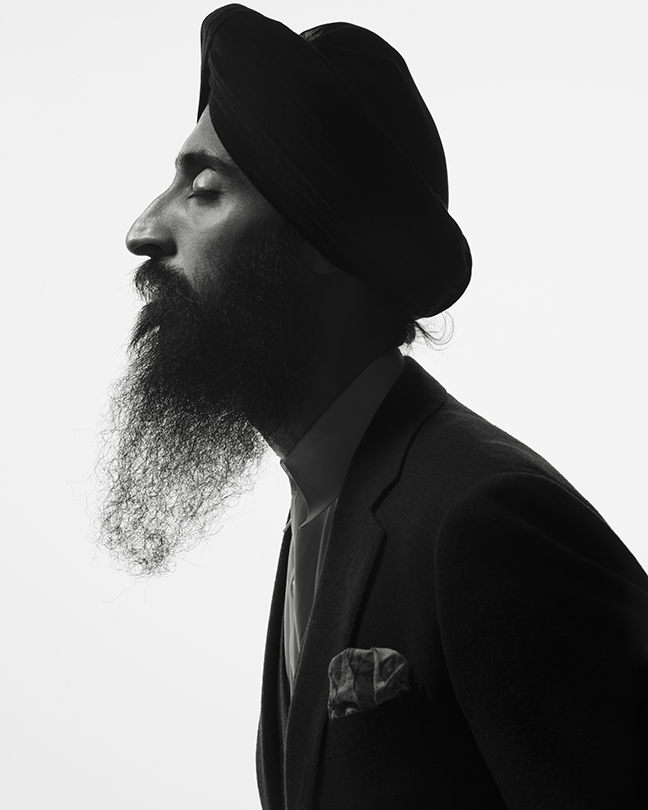 WARIS AHLUWALIA - ON: TECHNOLOGYWaris Ahluwalia is a designer, actor and the founder of House of Waris. Based in New York, Ahluwalia is part of the Council of Fashion Designers of America and frequently collaborates with notable brands and artists.photographsAlbert Watsoncreative directionMelissa Jones