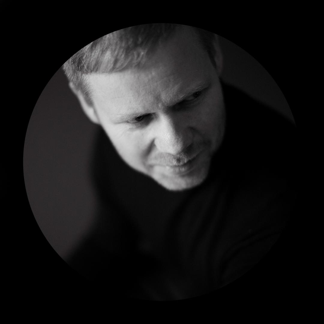 Max Richter_portrait_V2.jpg