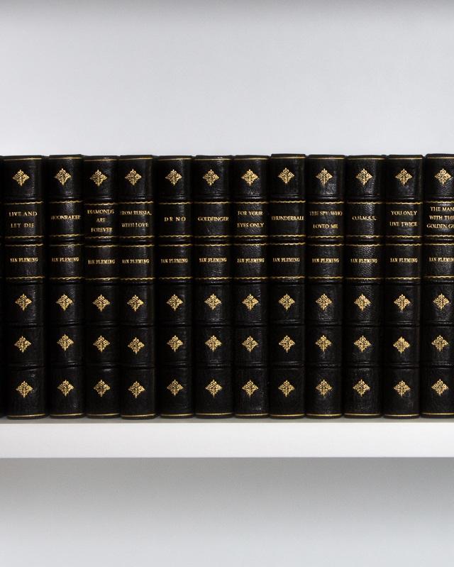 Ian+flemings+book+series.jpg