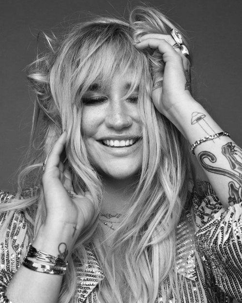 Kesha_.jpg