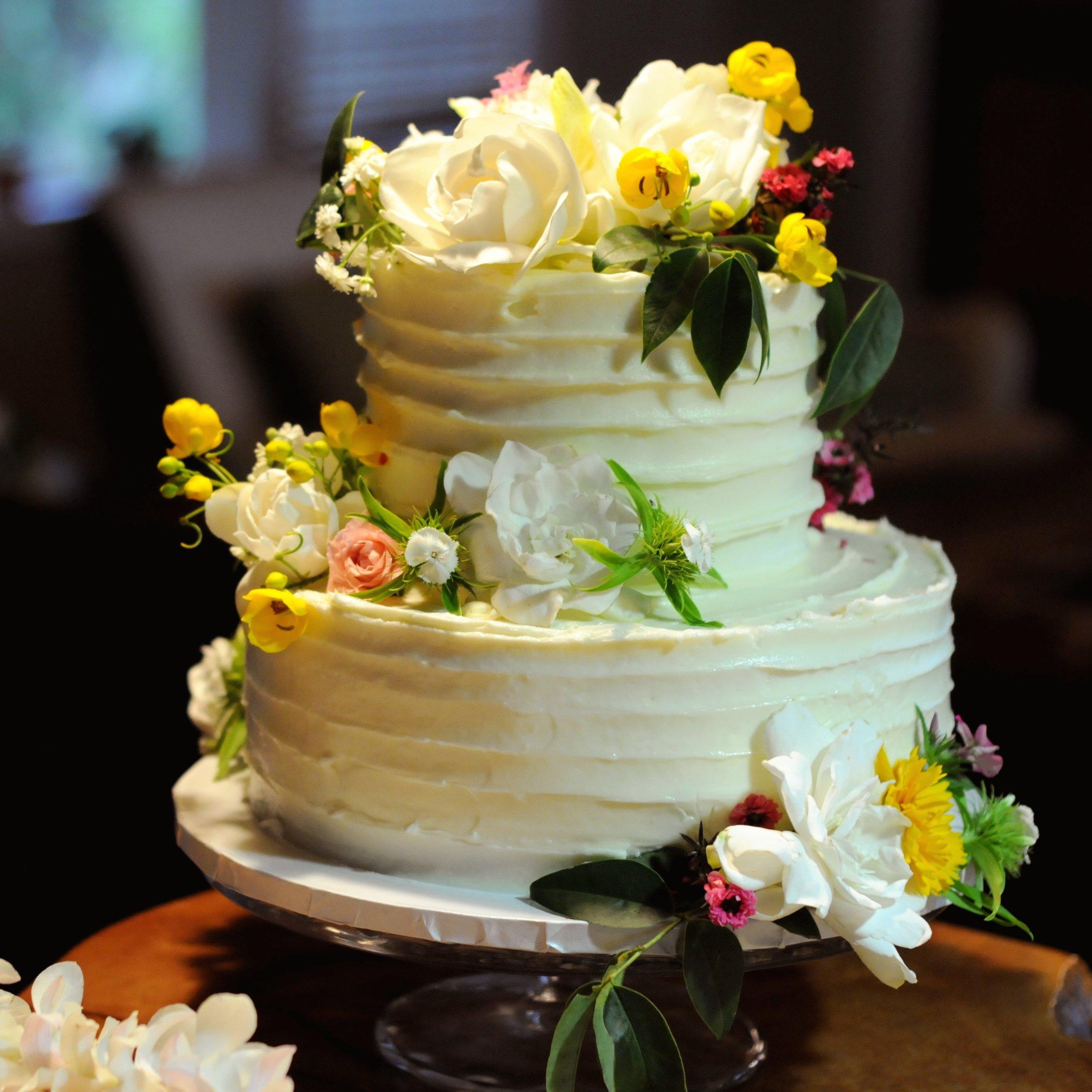 Hawaii wedding cake