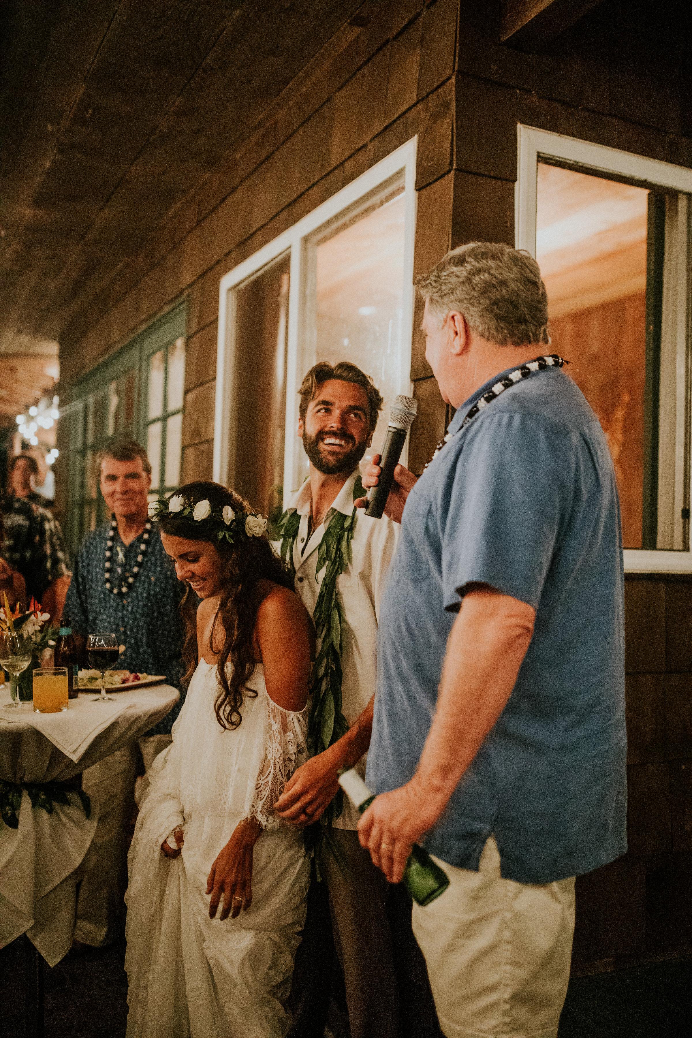 wedding toasts hawaii
