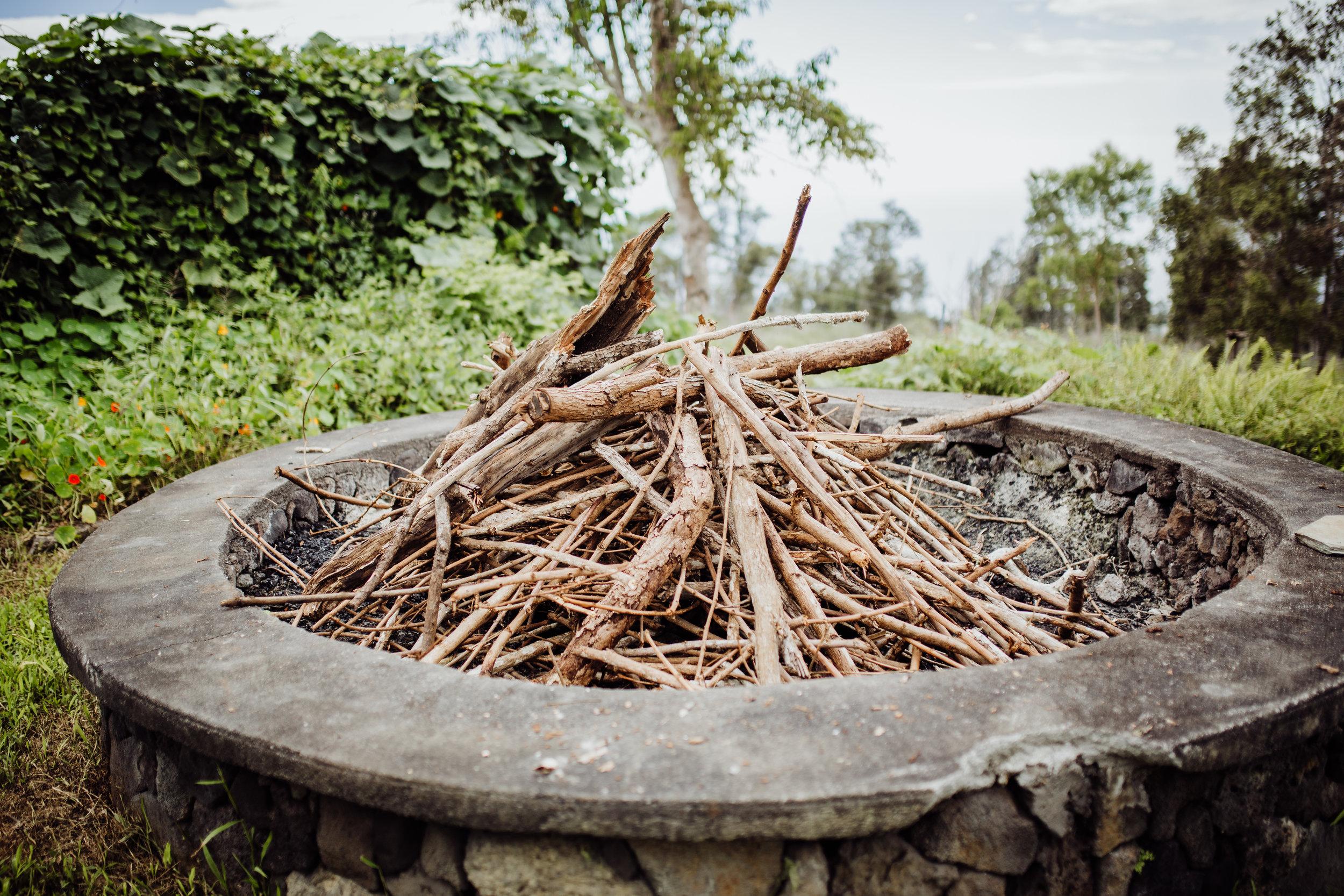 wedding bonfire hawaii