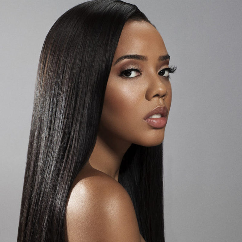 Angela Simmons  ENTREPRENEUR
