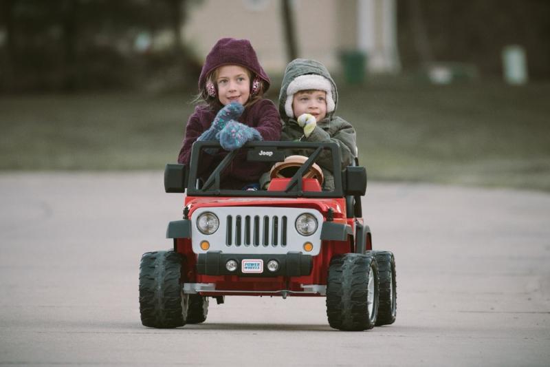 Kids in Car 1.jpg
