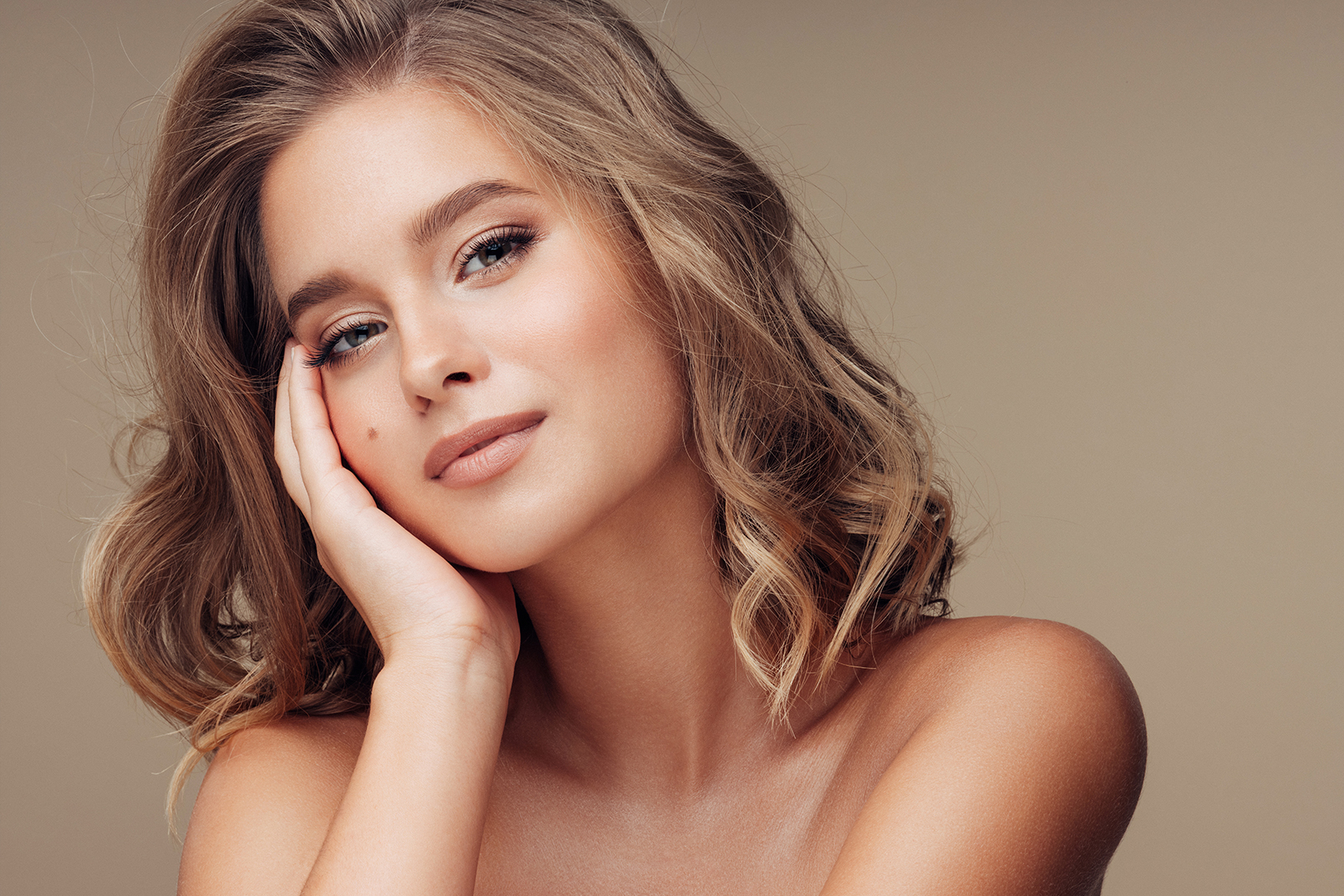 """CARBON PEEL - Known as the """"Hollywood Peel"""" this revolutionary laser treatment is completely painless, requires no downtime and will benefit any skin, especially those with excess oil and congestion. Exfoliate, rejuvenate and refresh your skin with instant results!Single treatment $350"""