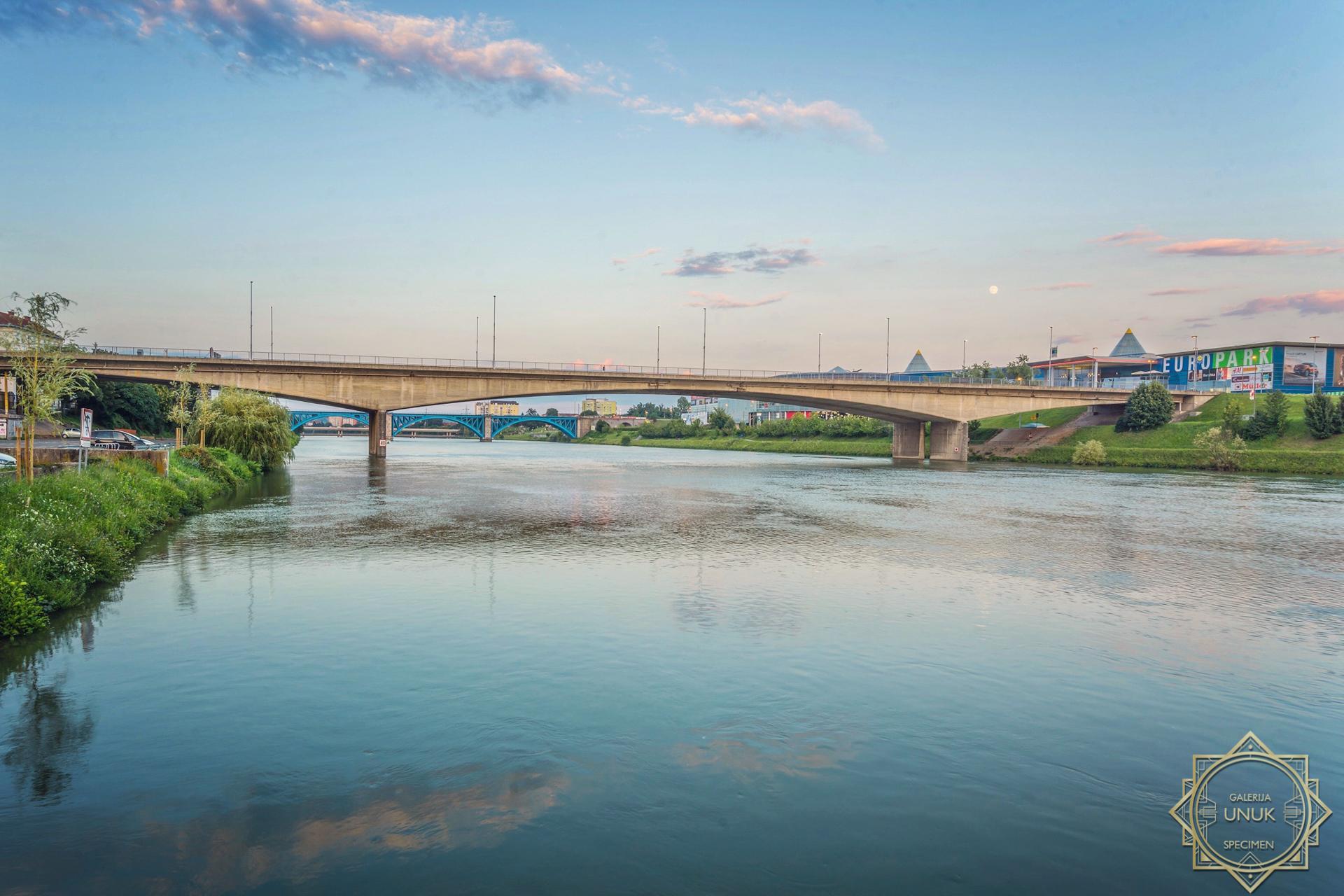 Titov most
