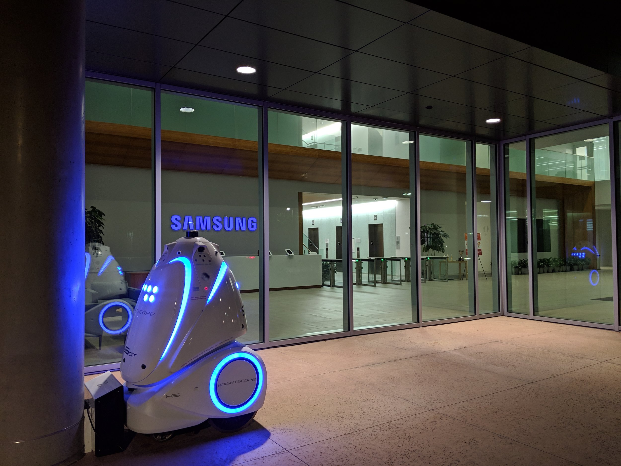 ABOVE: Knightscope's All-New 4th Generation K5 Security Robot Deployed at Samsung